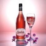 Вино розовое