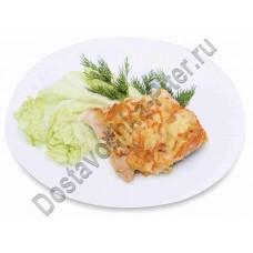 Горбуша  запеченная с овощами кулинария ОКЕЙ 100г
